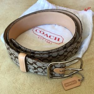 Coach signature fabric belt. Tan with silver